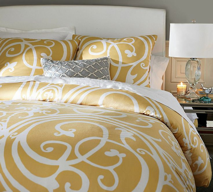 We love bright bedding for summer.