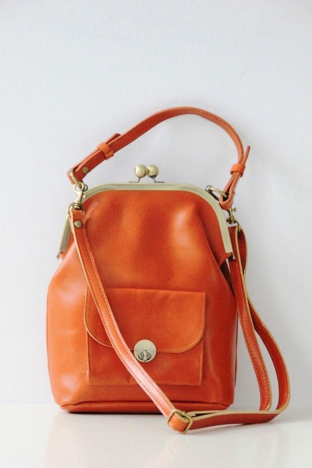 Handtasche aus Leder im Vintage Look / leather bag, vintage hippie style by taschenkinder via DaWanda.com