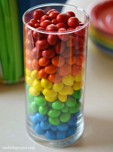 Rainbow party ideas: M's vase