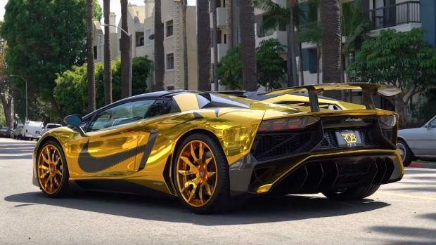 El Nuevo Lamborghini Aventador De Chris Brown Es De Oro Lamborghini Aventador Lamborghini Chris Brown