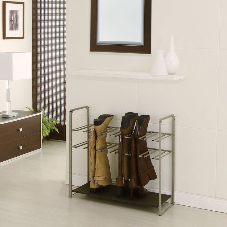 Champagne-finish Stackable Boot Rack