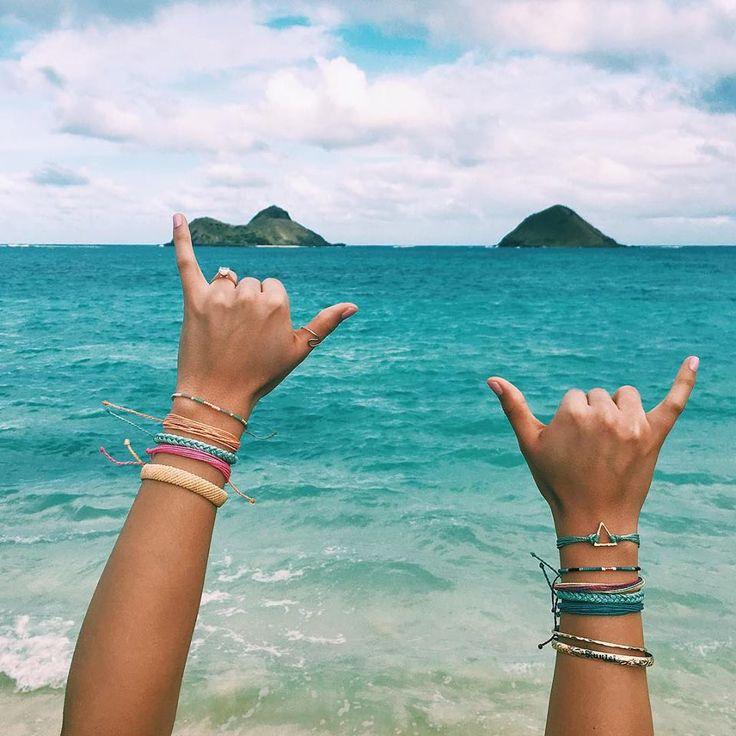 Aloha Vibes + Pura Vida Bracelets