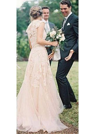 Buy discount Alluring Tulle V-neck Neckline A-line Wedding Dresses at Dressilyme.com