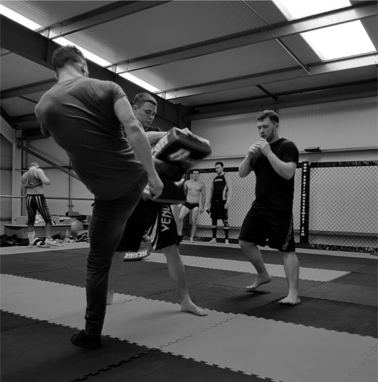 Shamrock #Kickboxing #Boxing at 7.30pm tonight - but first Rebel Alliance #MMA and also Pole Routine with Sammy.  And take no notice of the half-naked guy in the background!