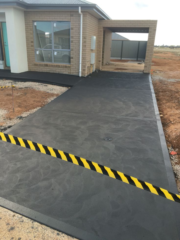 Black Concrete Driveway Done By A P Concrete A P