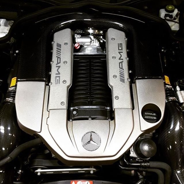 SL55 AMG with upgrade goodies! #germanautohaus #chattanooga #tennessee #mercedes #sl55 #engineporn #supercharger #german #european #r230