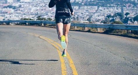 Elske Sorel, sport- en health coach van MonStyle, helpt je als je wilt gaan beginnen met hardlopen met tips en een handig hardloopschema voor beginners!