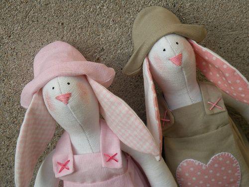 conigli rosa - pink bunnies | Flickr - Photo Sharing!