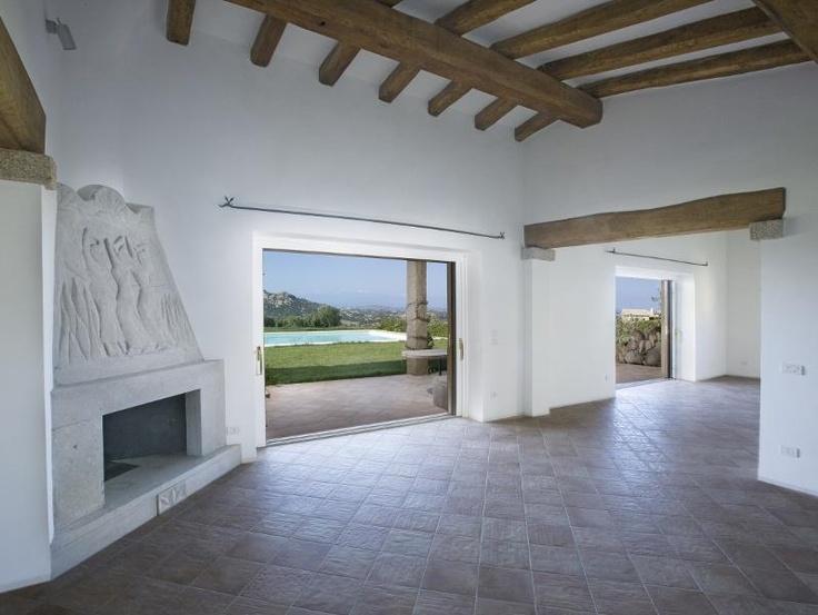 Villa Stazzu Matteu in vendita in costa smeralda. Gli #stazzu sono vecchi edifici rurali trasformati e ristrutturati mantenendo elementi tipici. Villa for sale in Costa Smeralda, #Sardinia ITALY