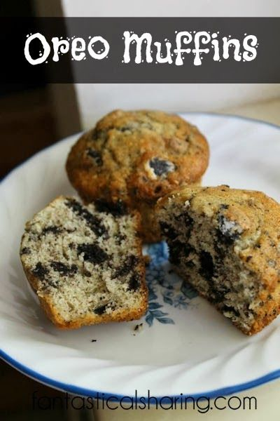 Oreo Muffins | Not your average breakfast, these moist muffins are full of cookies!