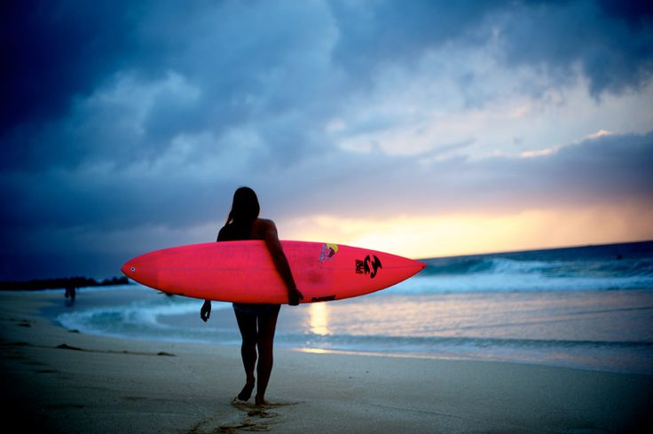 hot pink surfboard. perfect