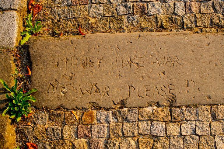 Money make war no war please. Brno hrad Špilberk.