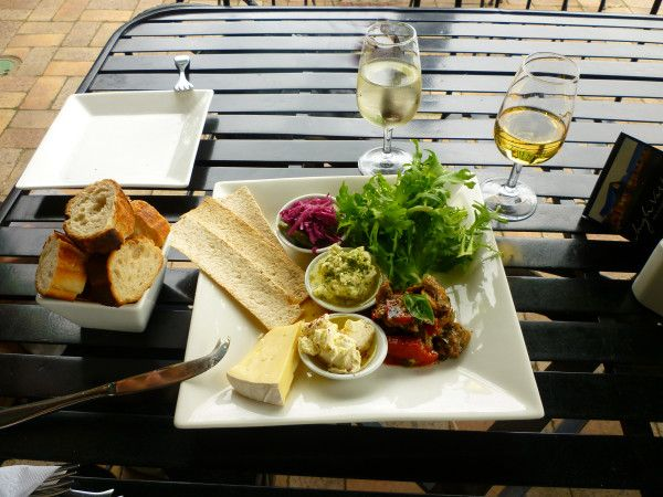 Gourmet wine and cheese at a #Mudgee vineyard #travel #Sydney #Australia Delights on an Aussie Bush Adventure and High Valley Wine and Cheese