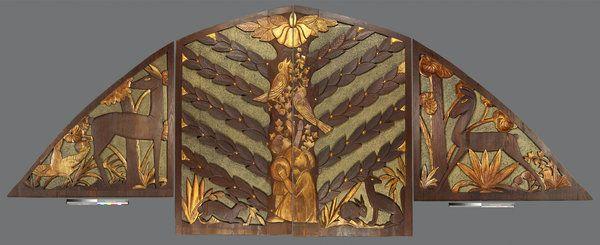 En 2009, la Universidad de Berkeley estaba haciendo limpieza de una bodega. Entre otras cosas, había un panel de madera tallada de 6,7 metros de largo. Greg Favors, un vendedor de muebles y piezas de arte, lo compró por US$ 164.63 sin referencia alguna.Resultó ser un original del reconocido artista Sargent Johnson, tasado en más de US$ 1 millón, y adquirido luego por la Huntington Library.