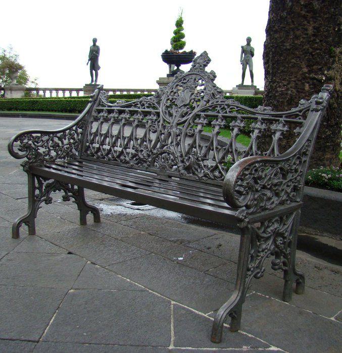 Необычные скамейки Мехико-Сити (Мехико, Мексика)