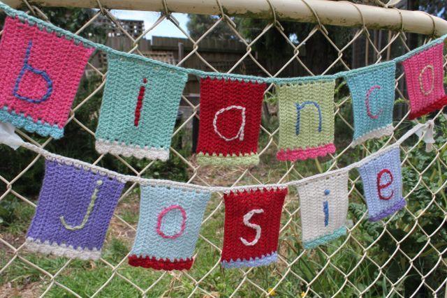 ༺༺༺♥Elles♥Heart♥Loves♥༺༺༺ ...........♥Crochet Bunting♥........... #Crochet #Bunting #Crochetbunting #Garland #Flag #Decorate #Tutorial #Pattern #Vintage #Handmade ♥Summer Crochet Name Bunting by little woolie