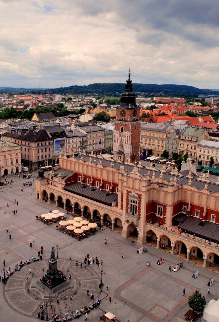 "The Renaissance ""Sukiennice"" (Cloth Hall), in the center of Old Town Market Square in Kraków, Poland"