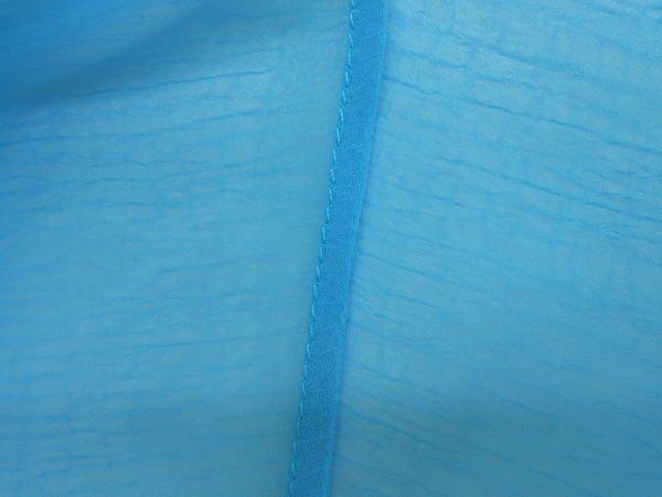 Французский шов (бельевой шов, двойной шов) очень хорош для работы с прозрачными, тонкими тканями.   Трудоемкость его больше, чем обычного шва, зато можно обойтись без оверлока и получить отличный результат.