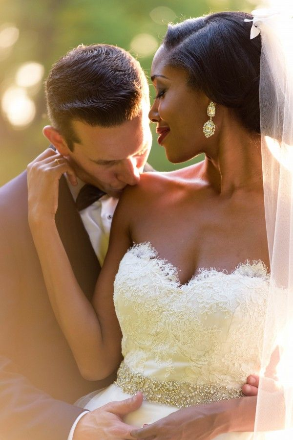 Elegant Farm Wedding in Kentucky by Susan Stripling Photography: The Couple: Eden and Greg ...... The Wedding: Private Residence, Louisville, Kentucky