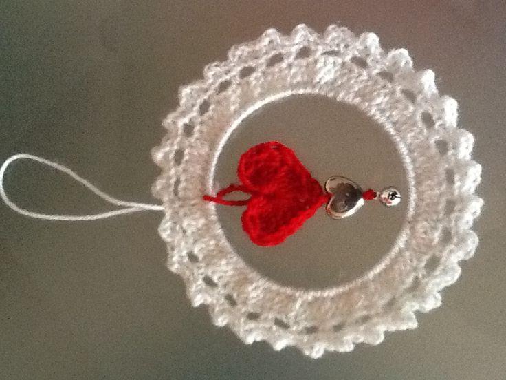 Hanger gemaakt voor zwangere vriendin met een oude armband.
