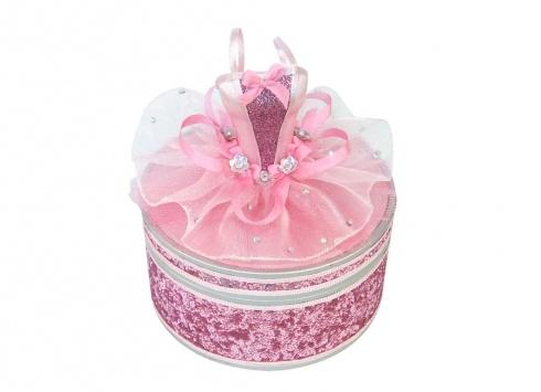 BALLET SCATOLINA TUTU'. Scatolina porta gioielli in resina rivesta in tessuto vellutato di colore rosa e coperchio a forma di mezzo busto da ballerina in tessuto di colore bianco e rosa con applicazione di piccoli bambina. Colore.