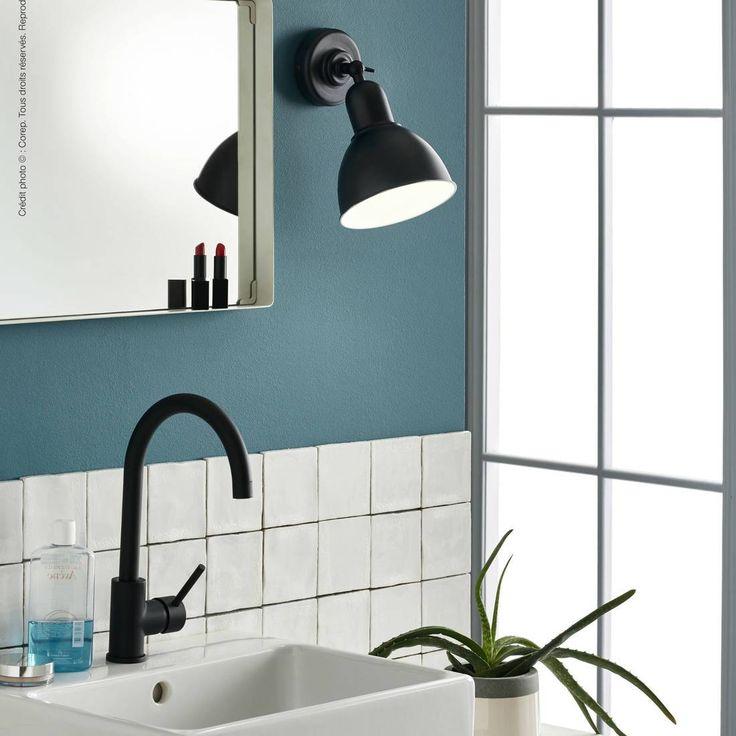 applique salle de bain noire top applique design chambre applique noire salle de bain. Black Bedroom Furniture Sets. Home Design Ideas