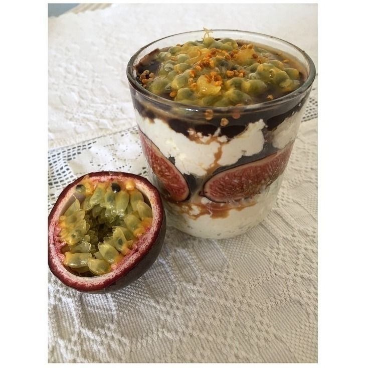 Cottage Cheese and Chocolate Parfait with Fruit
