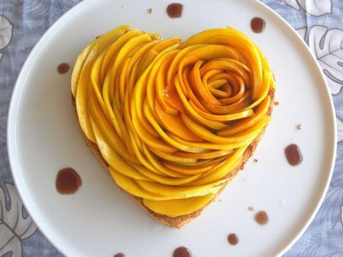 Mango rose tart