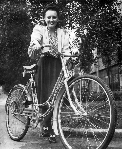 Lida Baarova #vintage #cycling #vintagecycling