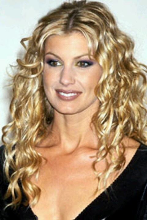 Faith Hill, beautiful shiny blond colored hair