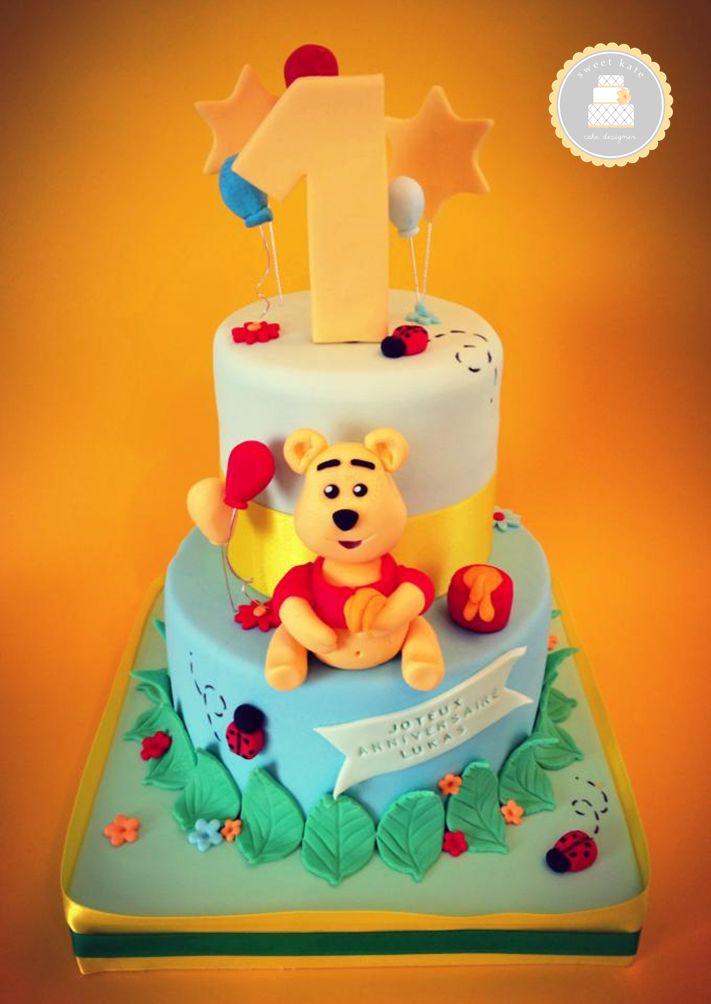 #Cake design thème #Winnie #l'ourson  / bleu et vert / sur 2 étages / #ours en sucre faits mains / By Sweet Kate / #pateasucre / #SweetKate / #Anniversaire / #Gateau