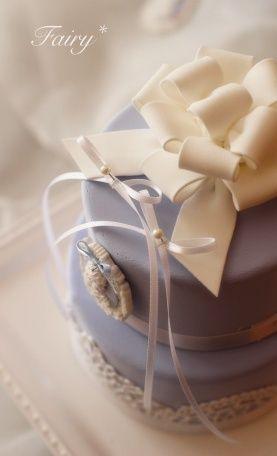 【クレイケーキ新作】クラシカルケーキはウェッジウッドブルーで。   大阪・河内長野「可愛いクレイケーキとおうちde手作り和菓子」Atelier Fairy*の手仕事綴り…