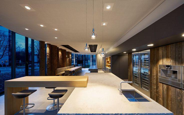 ceiling: Più piano | pendular: Divo sospeso || kitchen: Gaggenau