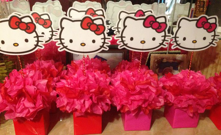 "Easy DIY ""Hello Kitty"" Centerpieces"