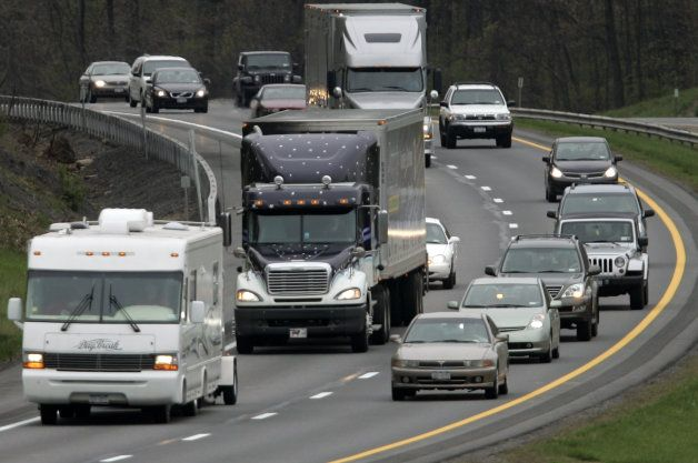 Report: Georgia law goes after left-lane lingerers, we cheer
