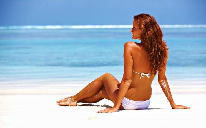 Rețeta pentru un bronz rezistent stă în hidratarea pielii și în bronzarea progresivă. Faceți plajă aproximativ 2 până la 3 ore în fiecare zi, dimineața sau după amiază, iar după duș aplicați…