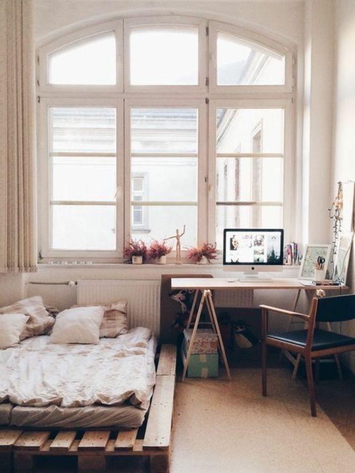 Interieur Ideen mit Europaletten Bett | Studentenheim ...