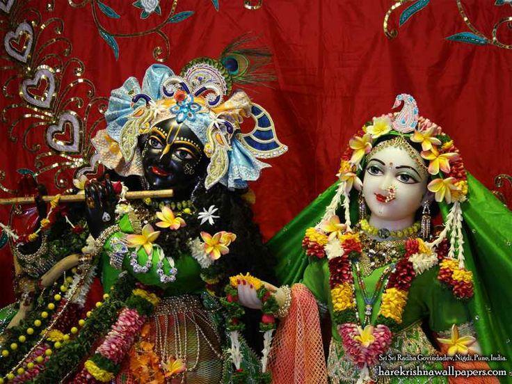 http://harekrishnawallpapers.com/sri-sri-radha-govind-close-up-iskcon-nigdi-wallpaper-014/