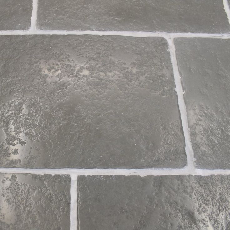 the range of heritage grey flagstone tiles from mrs stone store are perfect for creating an aged look in period or listed properties.
