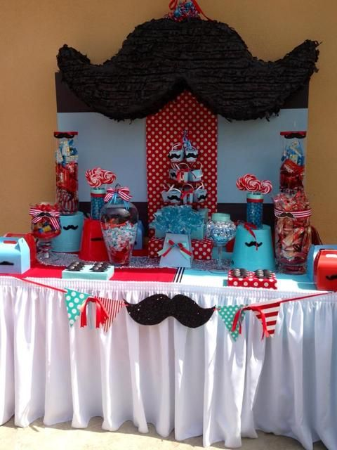 Mustache dessert table