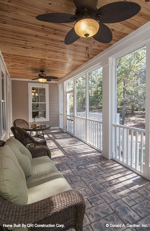Single Story 4 Bedroom The Lennon Home Floor Plan Screened Porch Designs House Floor Plans Porch Design