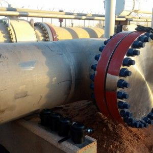 Hydraulic Bolt tensioners for tightening operation on new pipelines