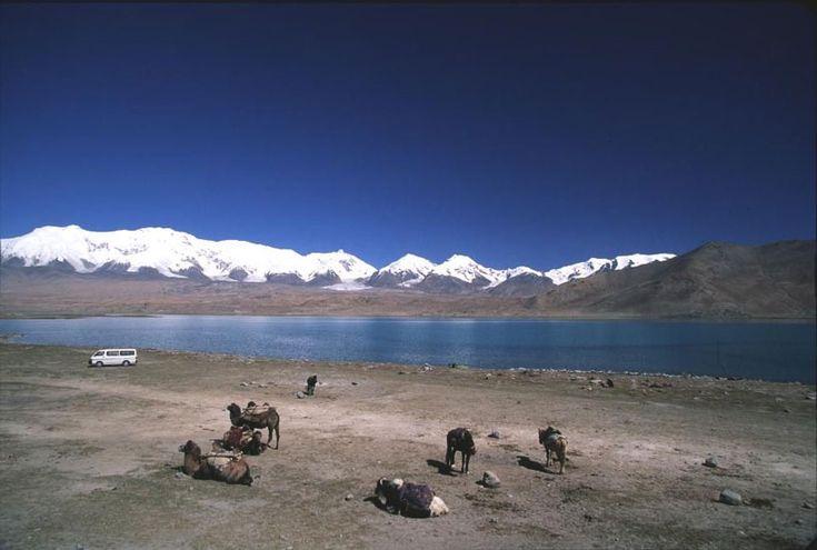 Kara Kul im Tadschikistan Reiseführer http://www.abenteurer.net/2971-tadschikistan-reisefuehrer/