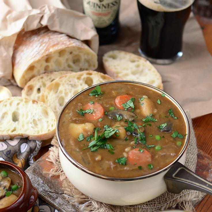 You don't need to be Irish to know this stew is the real deal! It's made with rich caramelized onions, baby portabella mushrooms and of course, stout beer!