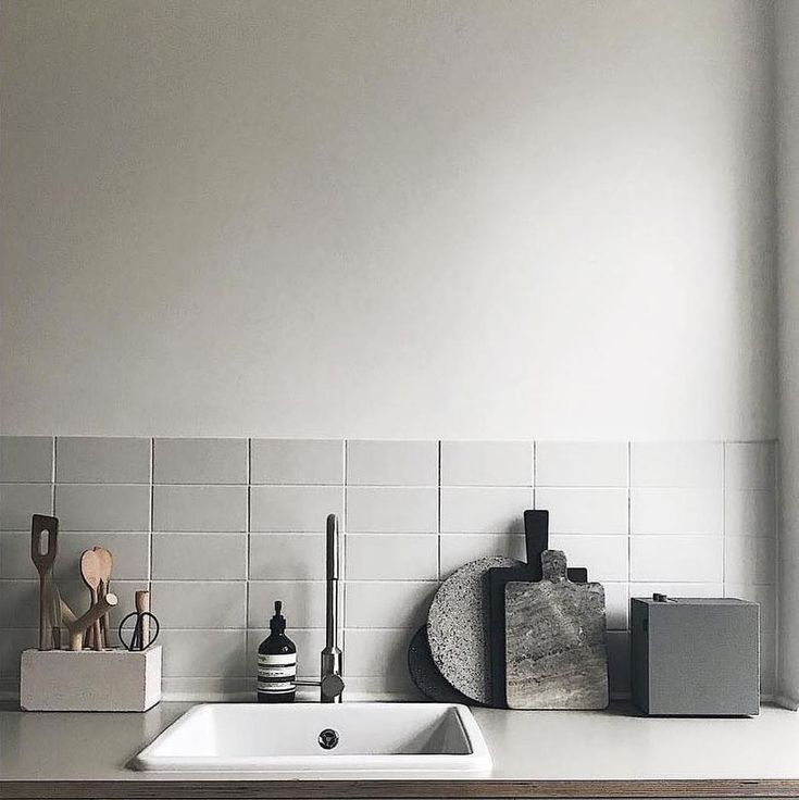 Urbanears Multiroom Speakers⠀ The number one kitchen accessory? #UrbanearsSpeakers #MultiRoom #InteriorDesign⠀ ⠀ Pi