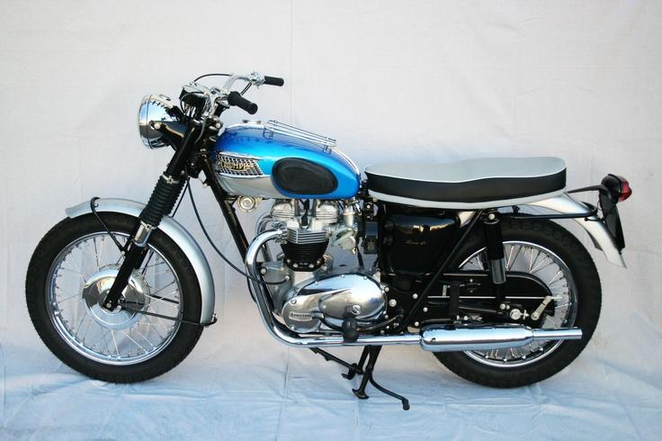 1965 Triumph Bonneville T120R - MidAmerica Auctions LAS13