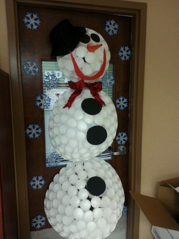 Took A Pic Of This At My Dad S Nursing Home Such A Cute Snowman