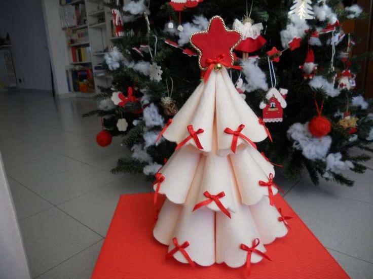 Centrotavola di Natale fai da te - Centrotavola con il pannolenci