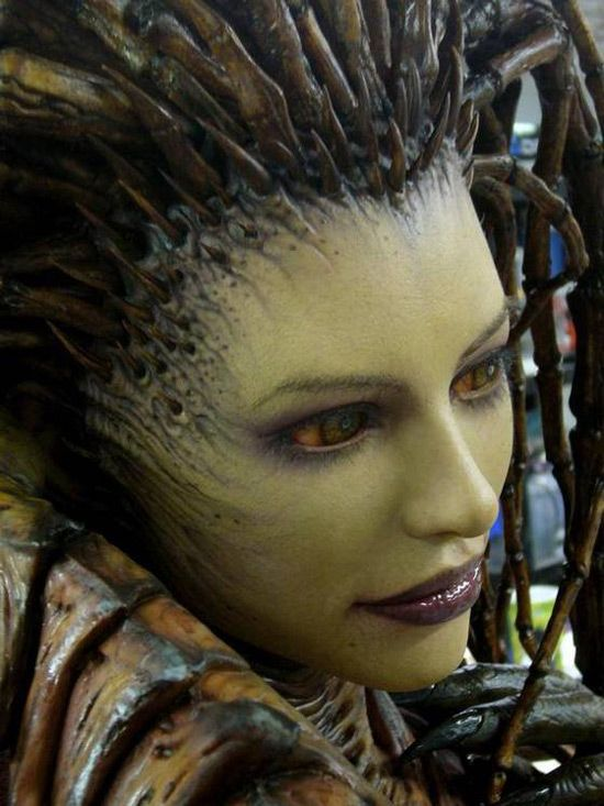 Sarah Kerrigan is freaking real, and somehow grossly sexy