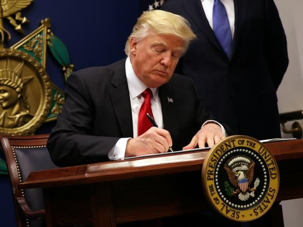 US embassy contradicts British government claim that 'Muslim ban' doesn't apply to UK citizens